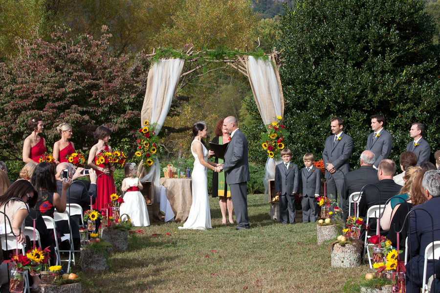 LAKE_LURE_INN_WEDDING016