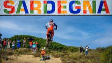Herlings ve Vialle, Sardegna MXGP'sini kazanarak arka arkaya üçüncü bir Grand Prix zaferi ekledi
