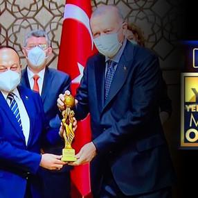 KANAL 3 TV'YE ÖDÜL...