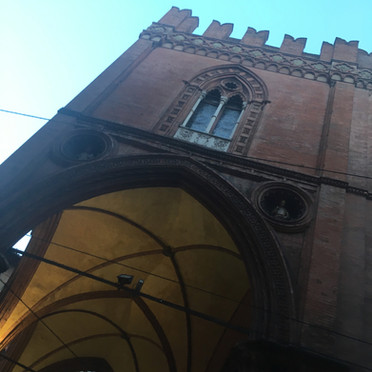 Bologna i Carracci & tortellini in brodo