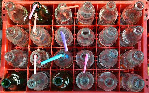 bottles-1893142_1280.jpg