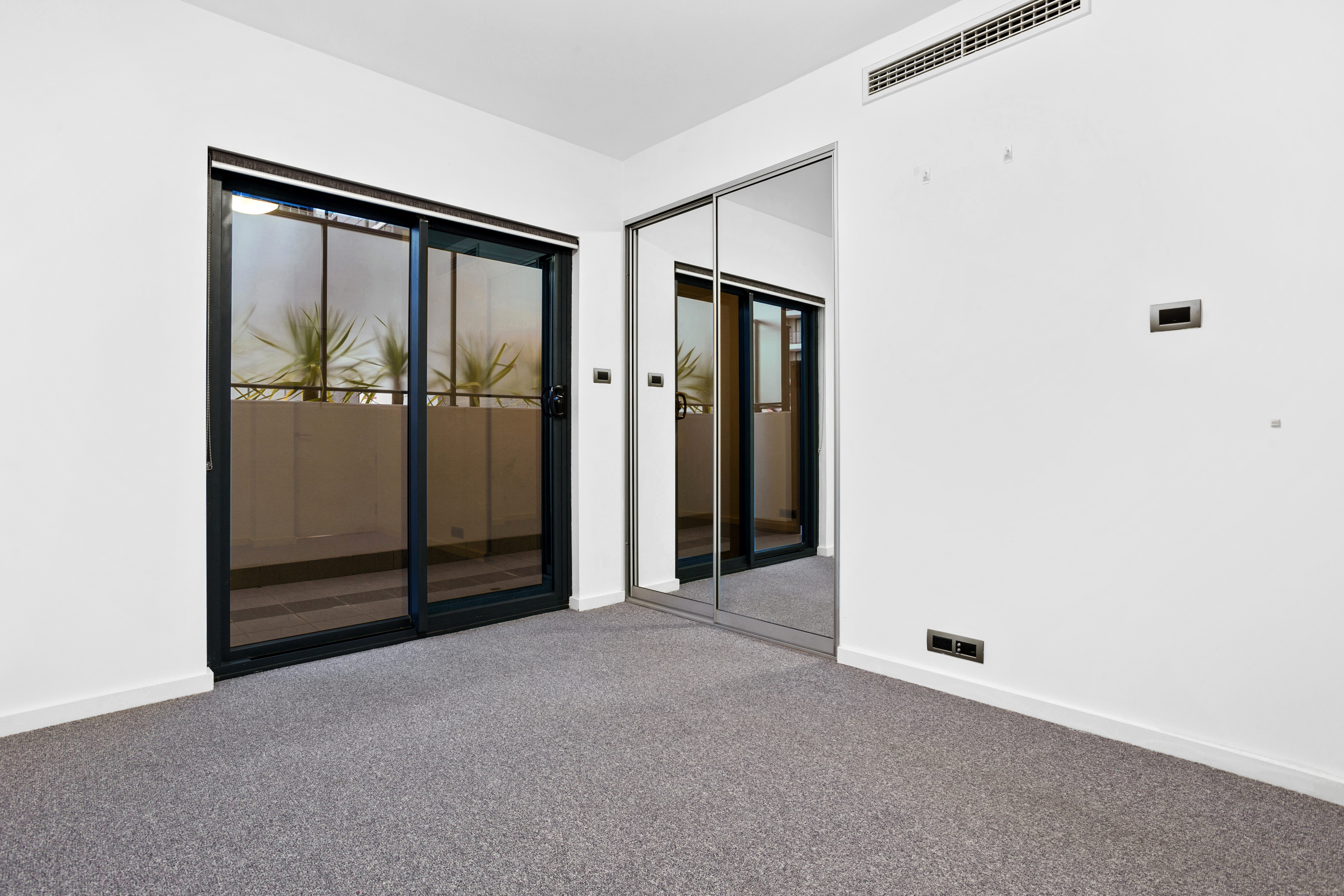 PRINT 98 Terrace Rd Perth 12