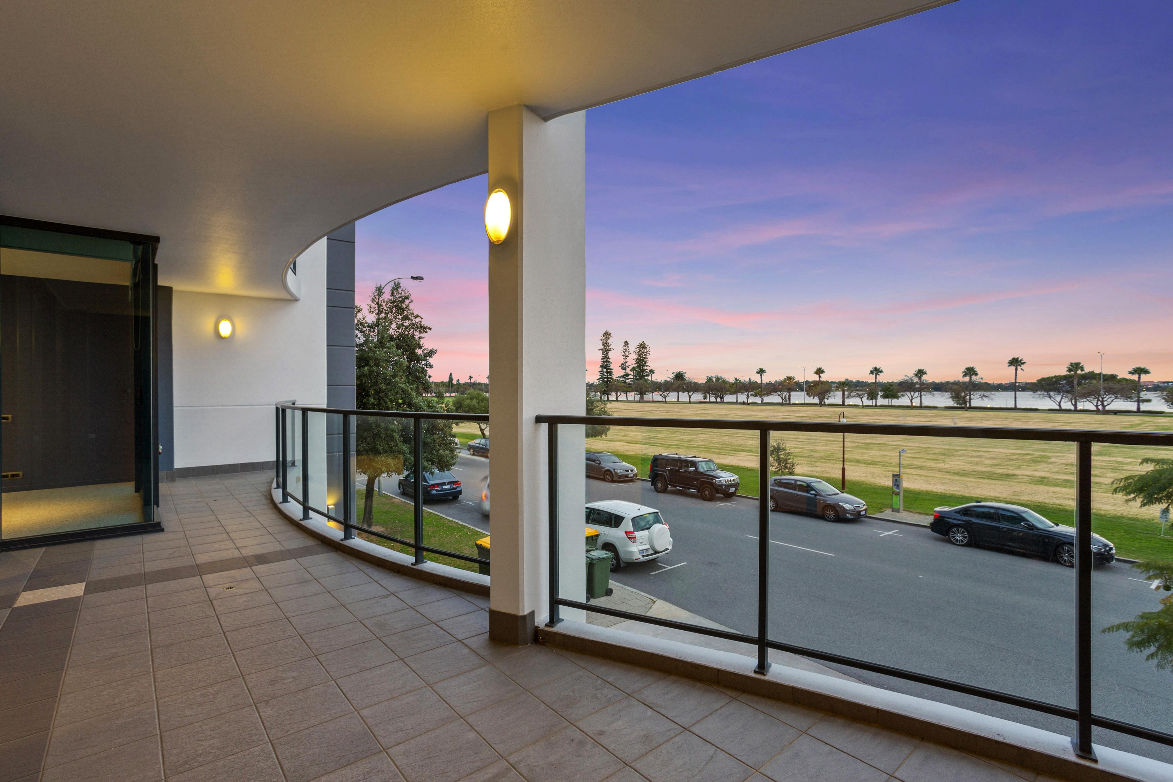 PRINT 98 Terrace Rd Perth 26