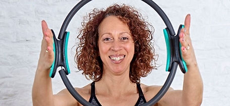 4U Pilates instructor Zoisa working with specialist movement equipment for this 6 weeks course tailored to you