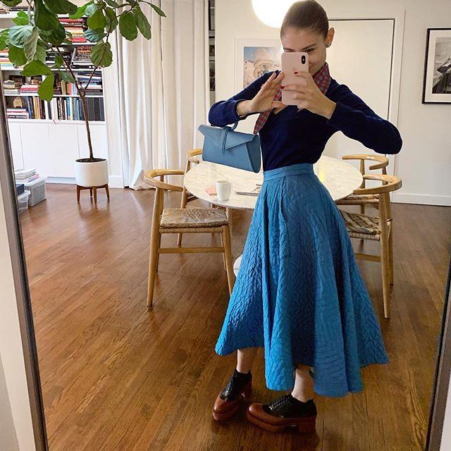Enjoying a nice little skirt moment ✨