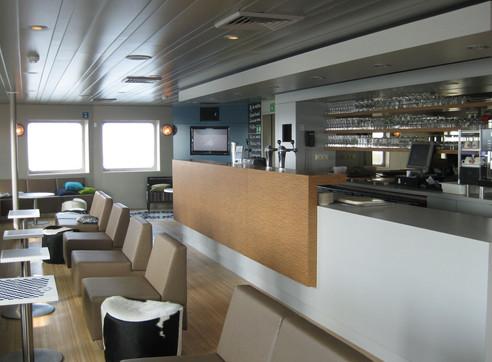 Interior design bar Doeksen ferry