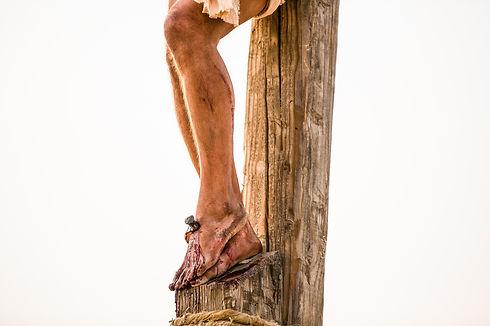 pictures-of-jesus-nails-feet-1138661-pri