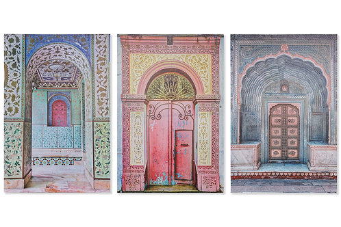 Surtido de 3cuadroscon imagen de puerta árabe