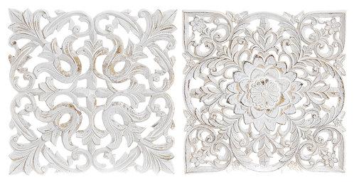 Talla de maderacolor blanco envejecido.