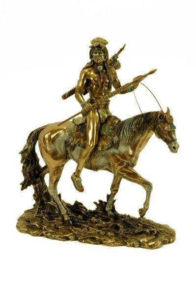 Figura de indio sioux montado a caballo