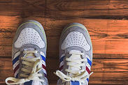 las zapatillas de deporte casuales