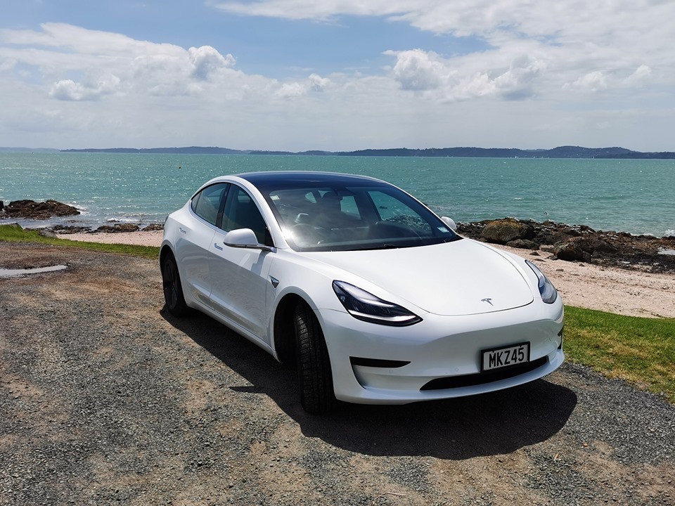 PlugnDrive Tesla M3