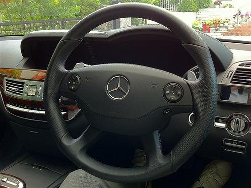 純正品 W221 Sクラス AMG ステアリング パンチングレザー