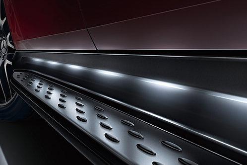 X166 GL63 LEDイルミネーション付 ランニングボード