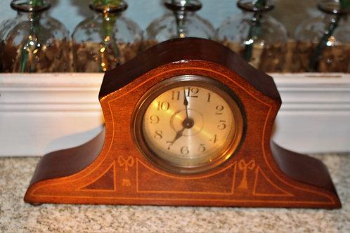 Small Vintage Mantel Clock