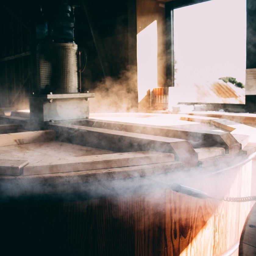 whisky-lindores-abbey-washbacks-steam