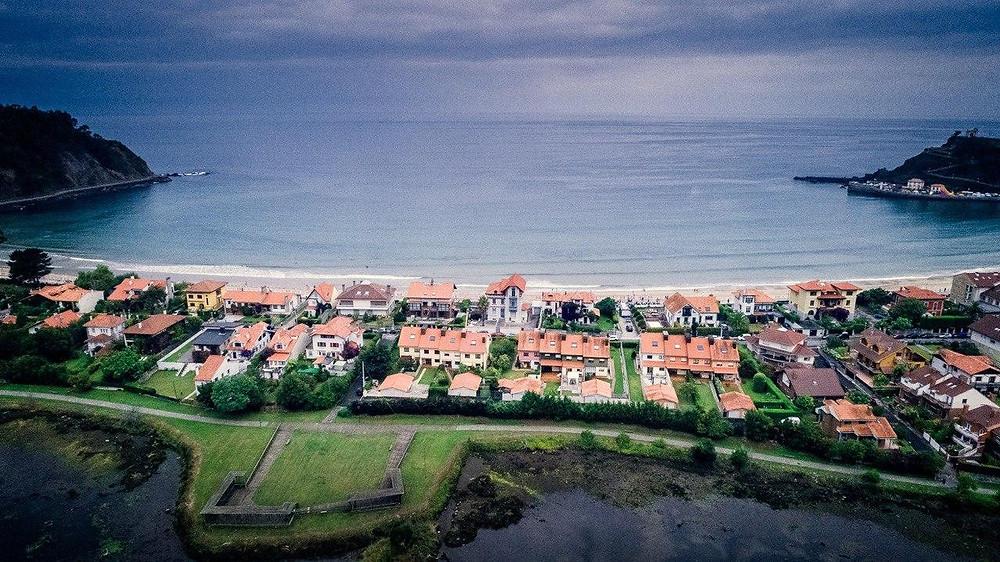Ribadesella-playa-drone-dji