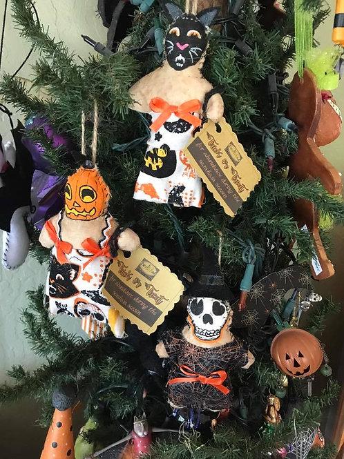 Primitive Retro Halloween Ornaments