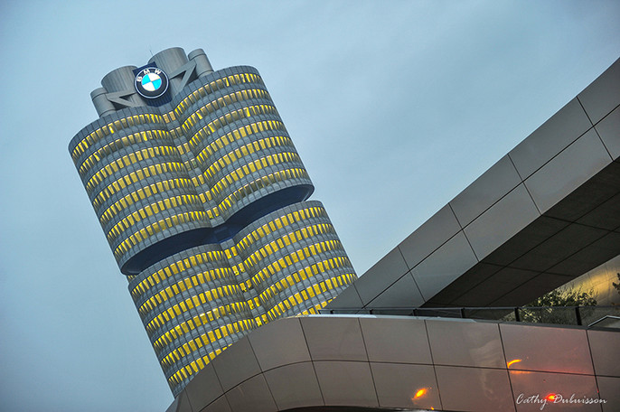 Photographie Architecture - La Tour BMW
