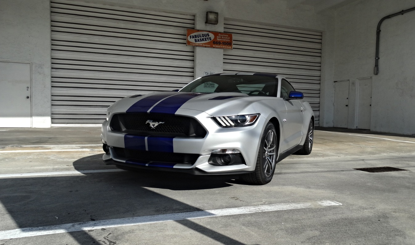 modern muscle ford mustang gt
