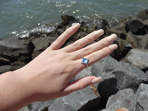 Blue Circular Gem Ring