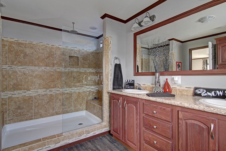 Paramount A76652-master bath1