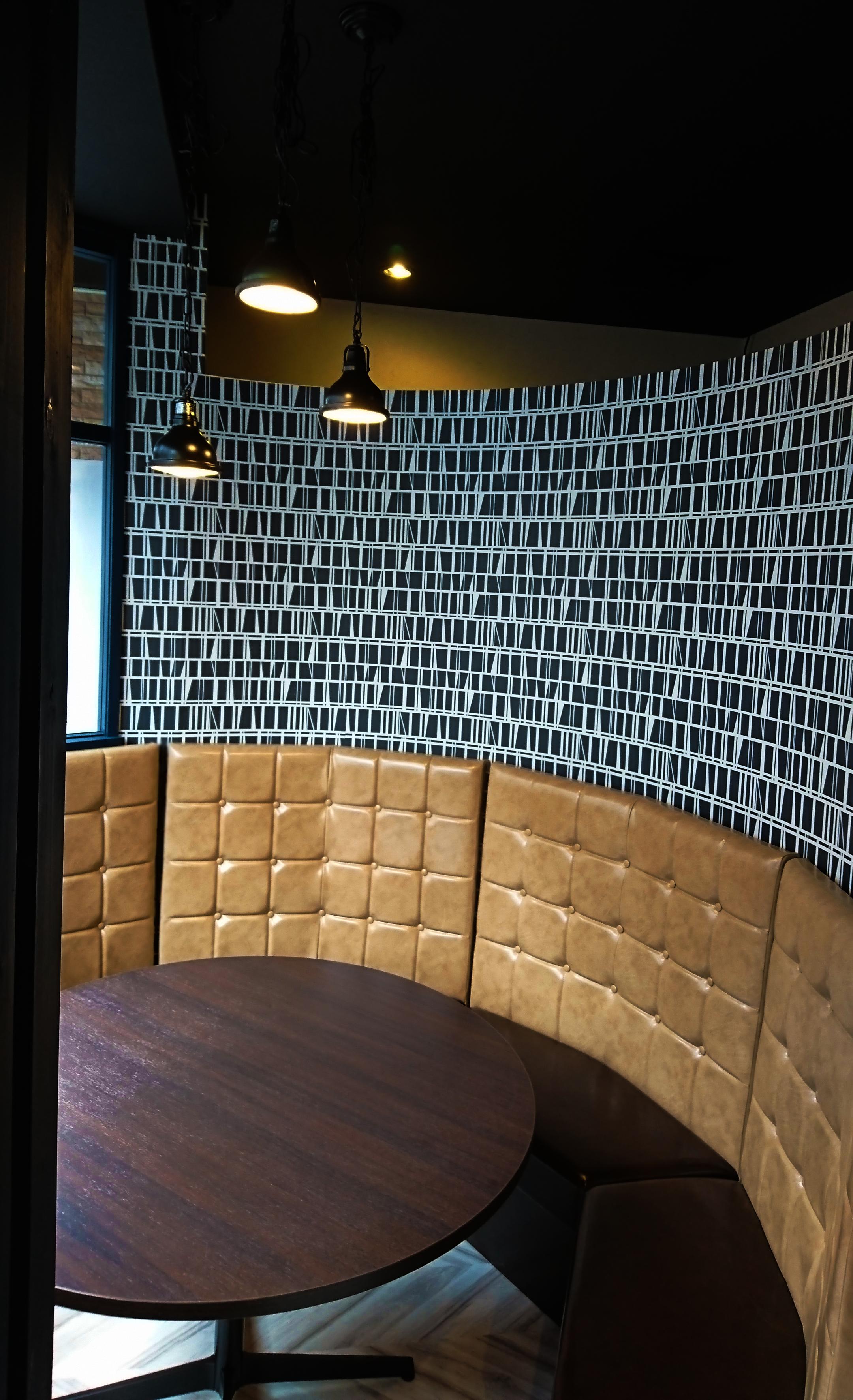 Dining AI from ISSEYの円形の個室の様子です