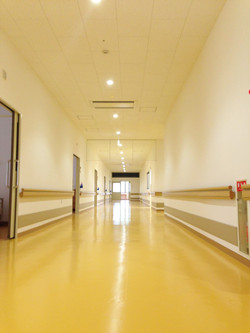 浜坂七釜温泉病院の廊下です