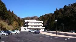 浜坂七釜温泉病院のアプローチです