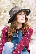 Afton-Lynzey-Snow-Shoot-32.jpg