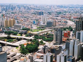Governo selecionará edifícios privados de São Paulo para modernização dos sistemas de ar condicionad