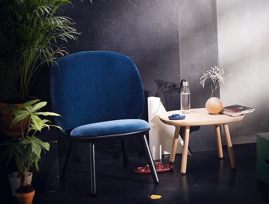 Naive armchair black wood