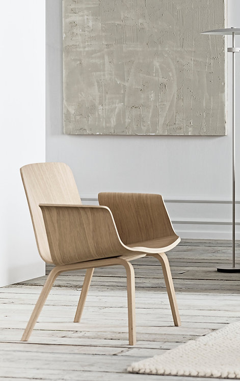 Palm lounge chair with armrest