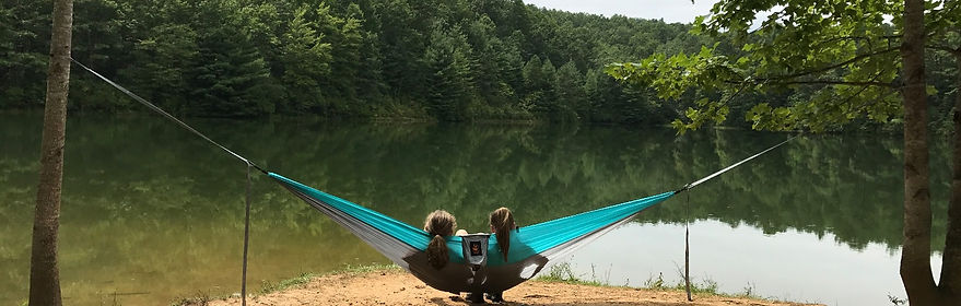 Double Nylon Parachute Camping Hammock with Free Tree Strap Suspension and Lightweight Aluminum 15 kN Wiregate Wire Gate Carabiners