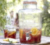 Tablesetting serviceudlejning drinksdispensere til sommerbrylluppet og sommerfesten