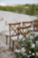 Lej træstole til brylluppet