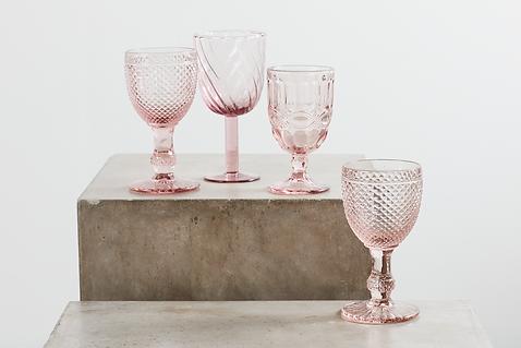 Udlejning af lyserøde rosa glas tablesetting til babyshoer, bryllup, konfirmation og fest