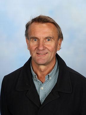 Mr Ross Tasker