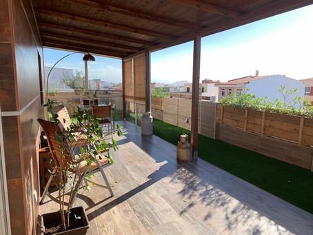 Atico de luxe avec vaste terrasse, centre-ville de Vecindario : 240 000 €