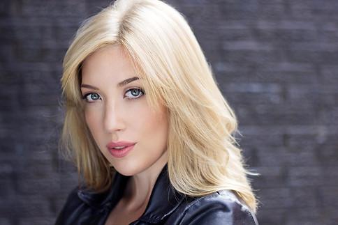Helen Hayden (Jett, The Ex, Knowing, Designated Survivor)