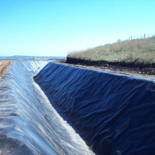 Canal de Adução e Irrigação