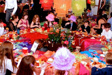 Mitzvah Kids Table