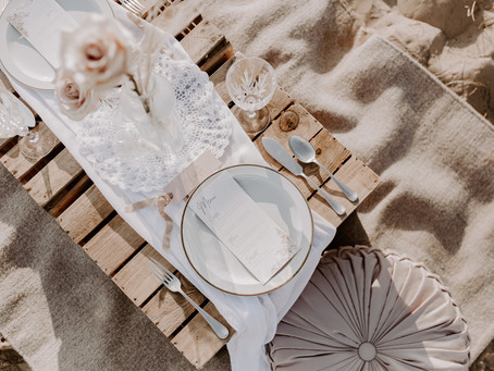 What exactly does a wedding planner do?