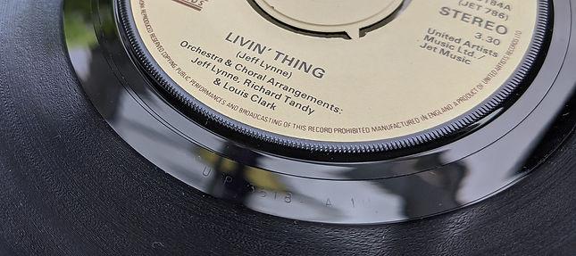 Livin' Thing - UP 36184 A1U