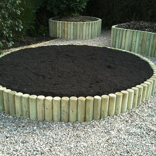 Alun Gredrych - After - Log Raised Beds
