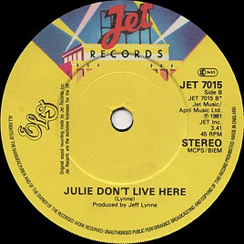 Julie Live B.jpg