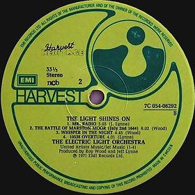 The Light Shines On - 7C 054-06 292