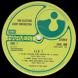 """ELO2 LP SHVL 806 """"STEREO"""" on the label but now has """"MOMMA"""" spelt as """"MAMA"""" on A-side label."""