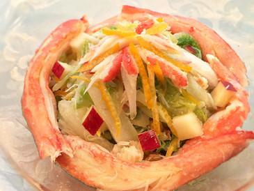 カニと白菜とりんごの冬サラダ〜柚子とオリーブオイルで