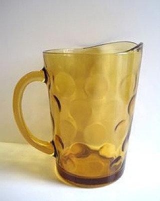anchor hocking amber pitcher (x2)